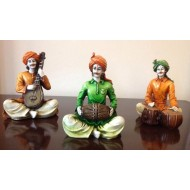 Multicolor Set of 3 Villagers Musicians Men
