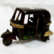 Decorative auto rikshaw in brass metal
