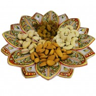 Lotus shaped marble tray with craft work